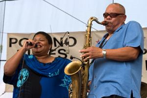 Deitra and Rodney Brown at Poconos Blues Festival